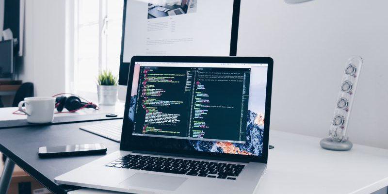 Jak naprawić sprzęt w firmie?