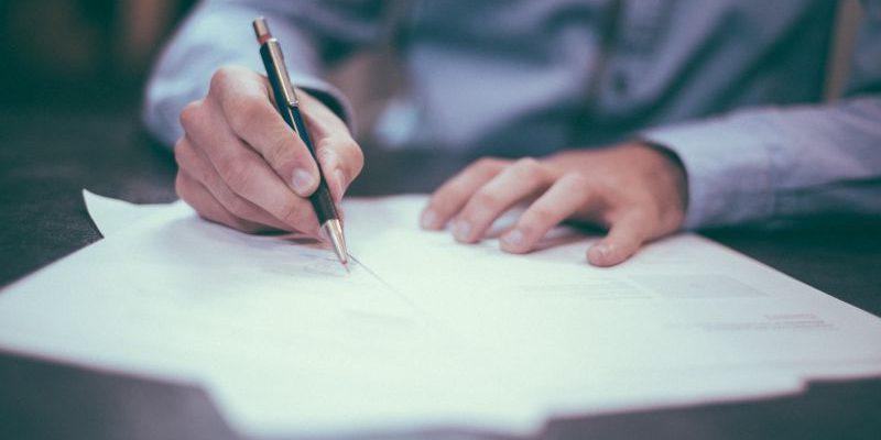 Jak wystawić fakturę? 10 rzeczy, które warto wiedzieć o dokumentach finansowych!